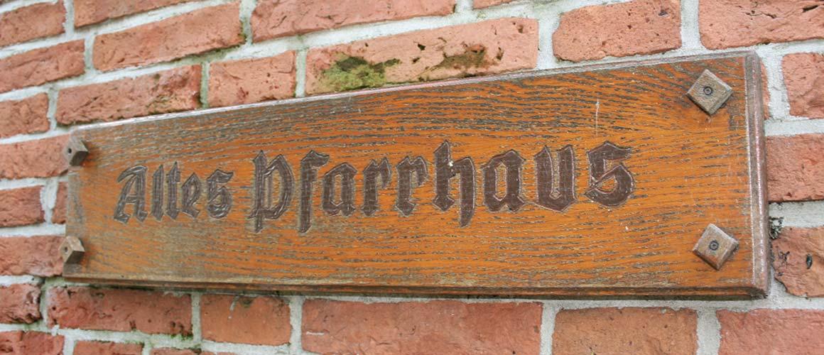 """Freizeitheim """"Altes Pfarrhaus"""" Mitling-Mark"""