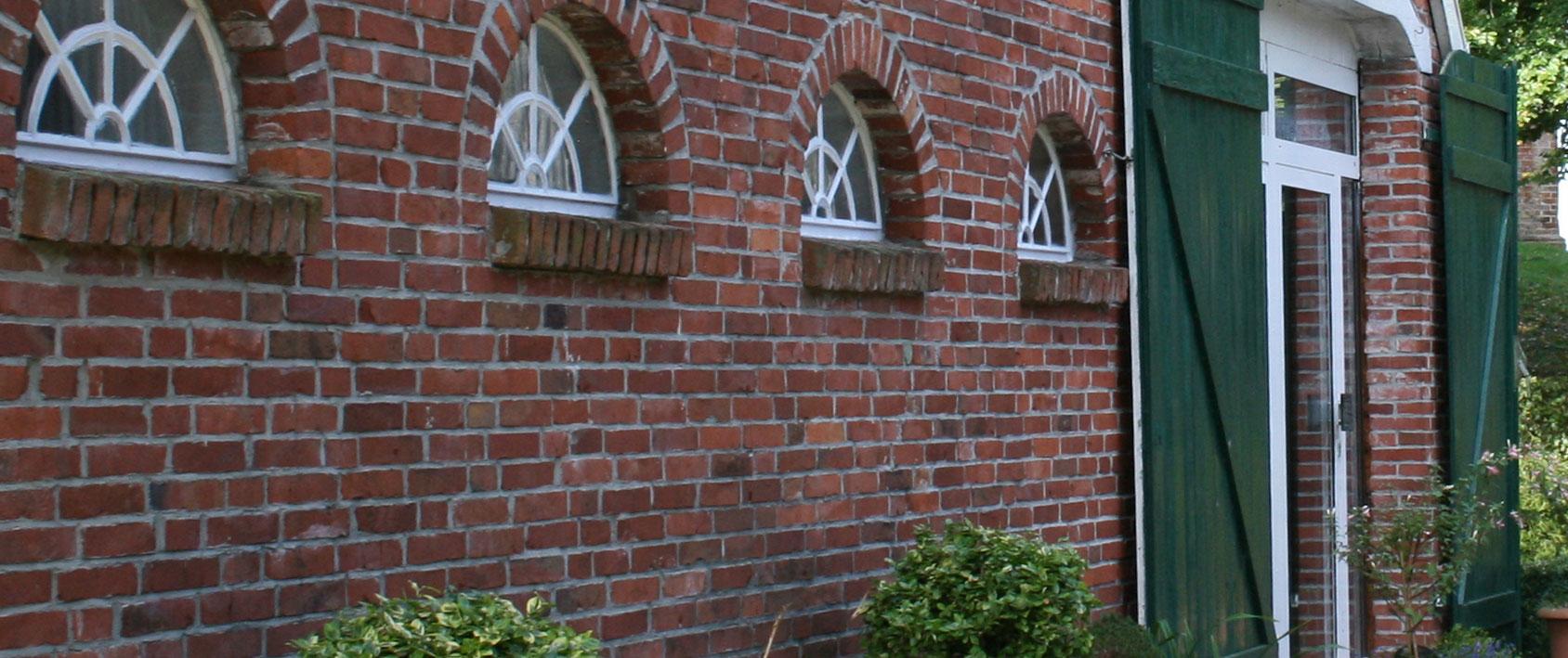 """Freizeitheim """"Altes Pfarrhaus"""" Kirche Mitling-Mark"""